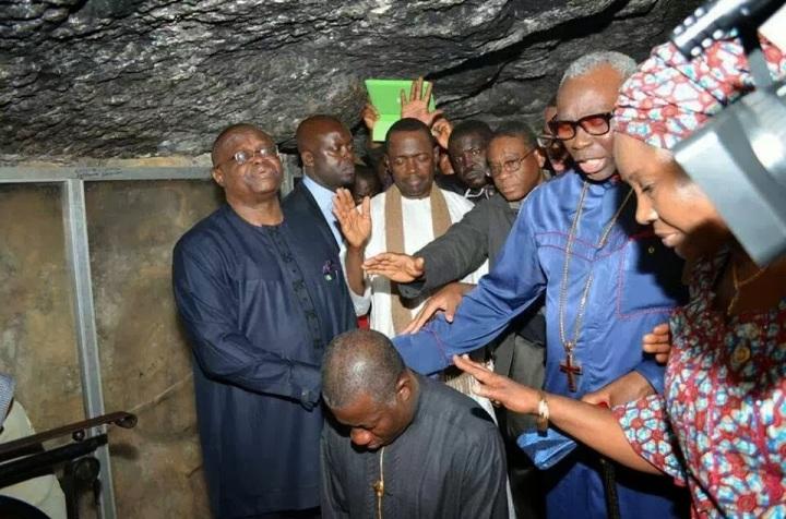 can president praying jonathan